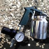 Pistola sabbiatrice alto rendimento con manometro di regolazione della pressione